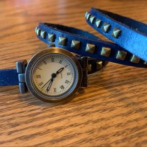💥4/$10💥 Blue Leather Bracelet Watch